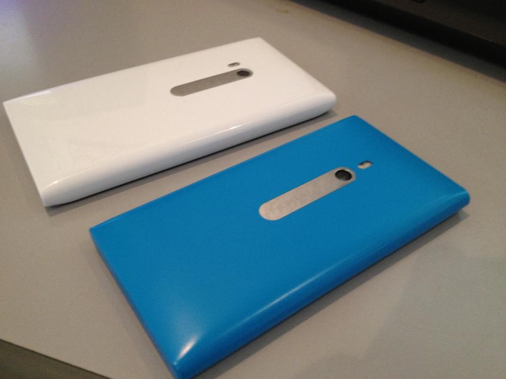 Lumia 900 VS Lumia 800 (5/5)