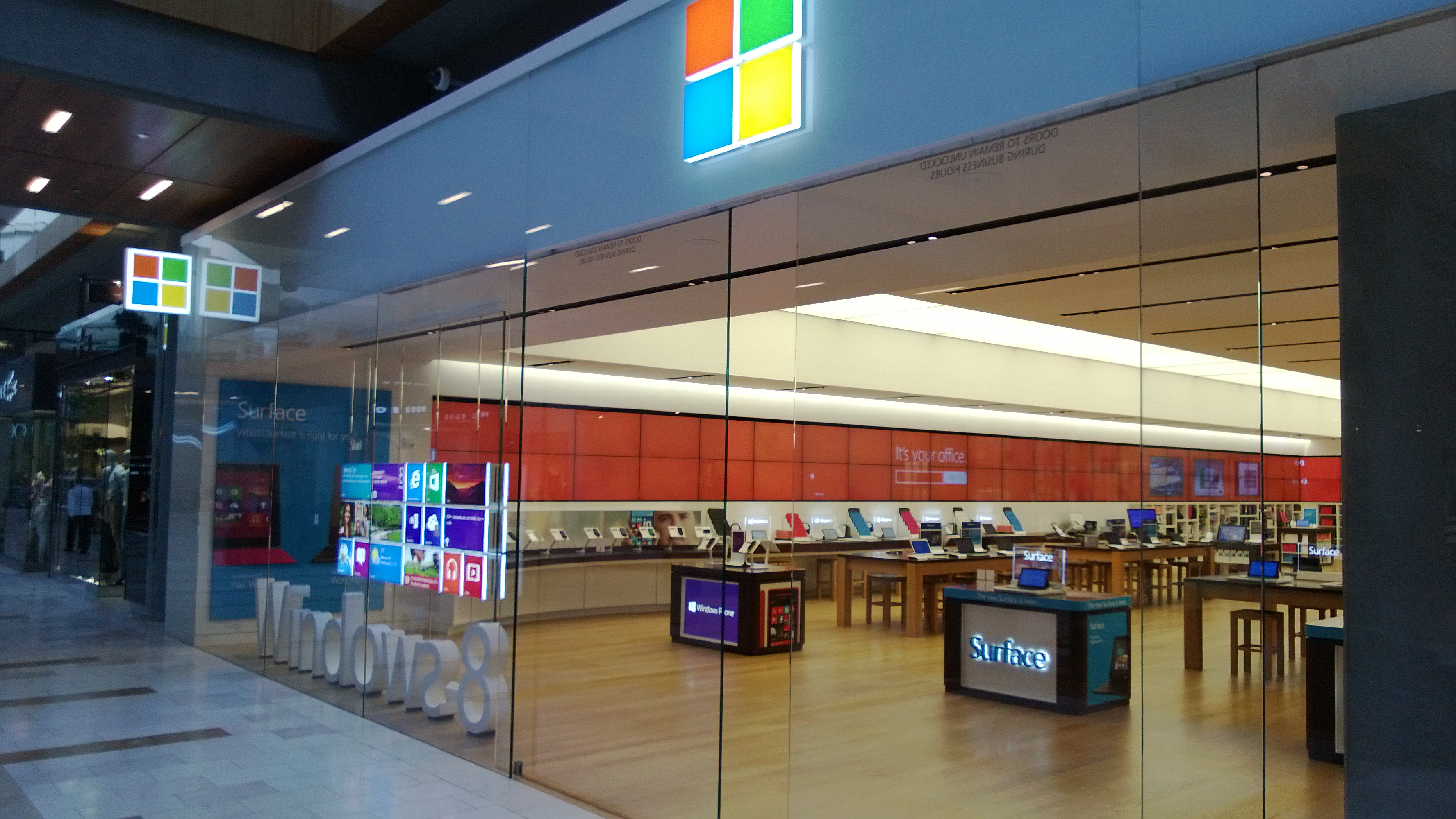microsoft-store-bellevue.jpg